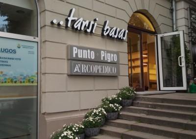 tarsi basas Vilnius iskaba